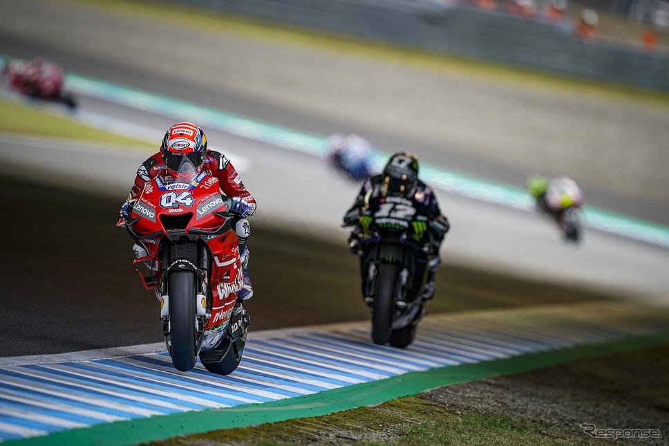 (c)Ducati 3番手を激しく争いったドヴィツィオーゾとビニャーレス