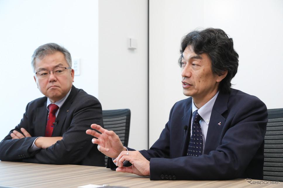 三菱自動車 百瀬信夫氏(左)と澤瀬薫氏(右)