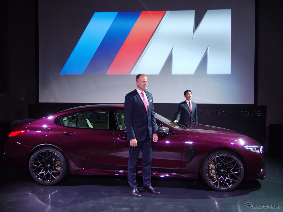BMW M8グランクーペ