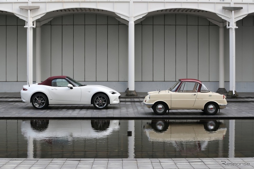 マツダ R360クーペ と ロードスター 100周年特別記念車