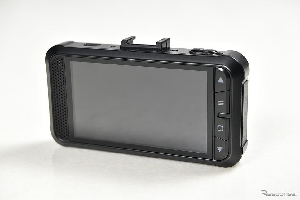 背面には大型の3インチワイドモニターを備え映像のチェックもしやすい。