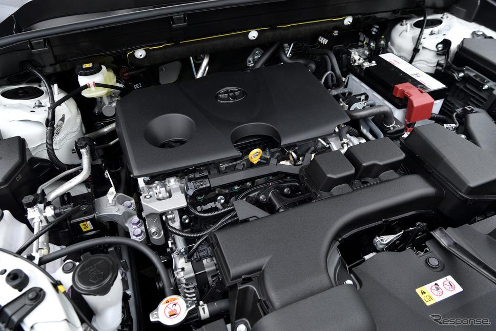 トヨタ ハリアー の2リットルガソリンエンジン