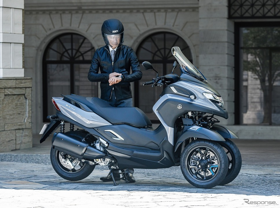 ヤマハ トリシティ300 ABS