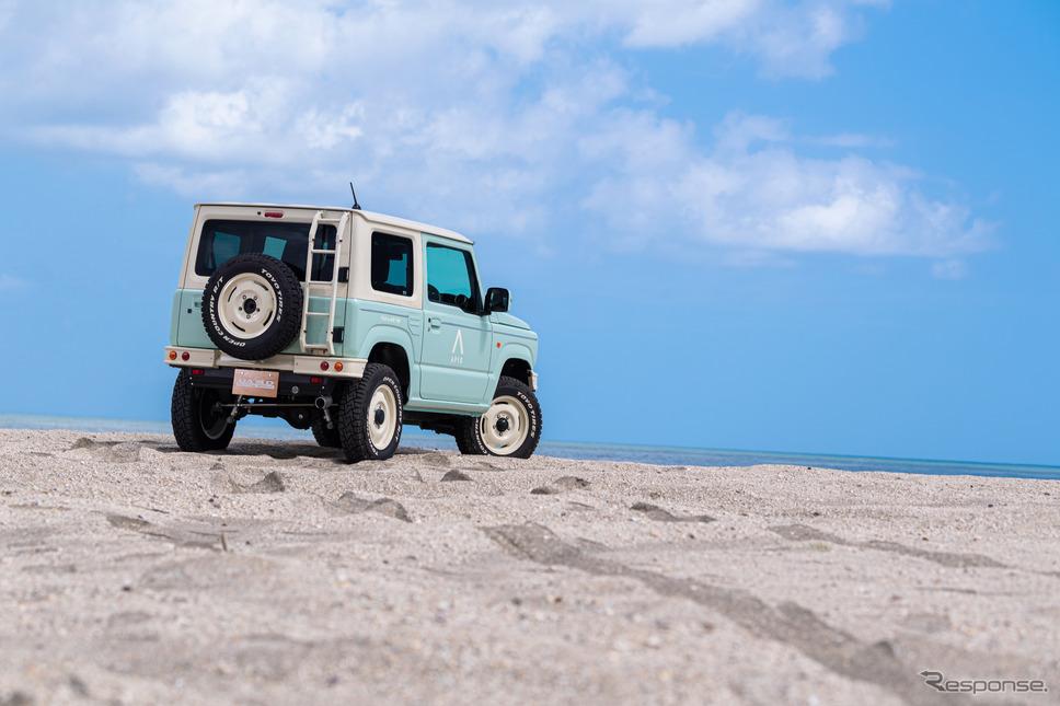 深い砂浜に入ることができるのも、ベース車がジムニーならではのメリットだ