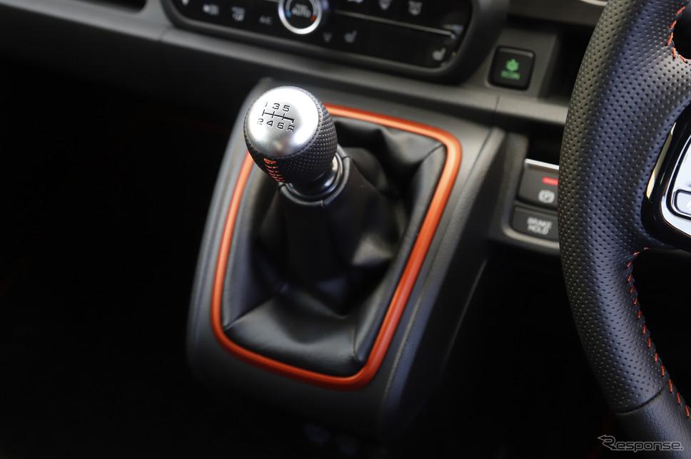 ホンダ N-ONE 新型「RS」の6MT