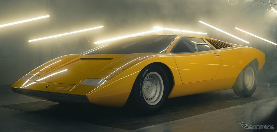 ランボルギーニ・カウンタック LP500 の復刻生産車