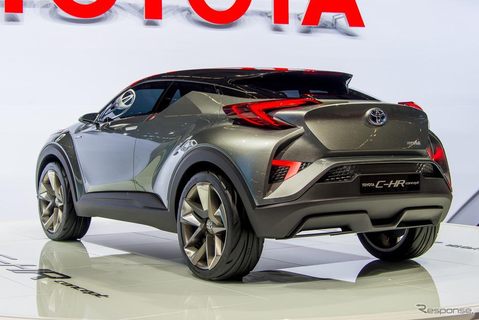 トヨタ、ジュークと犬を掛け合わせたみたいな車を発表